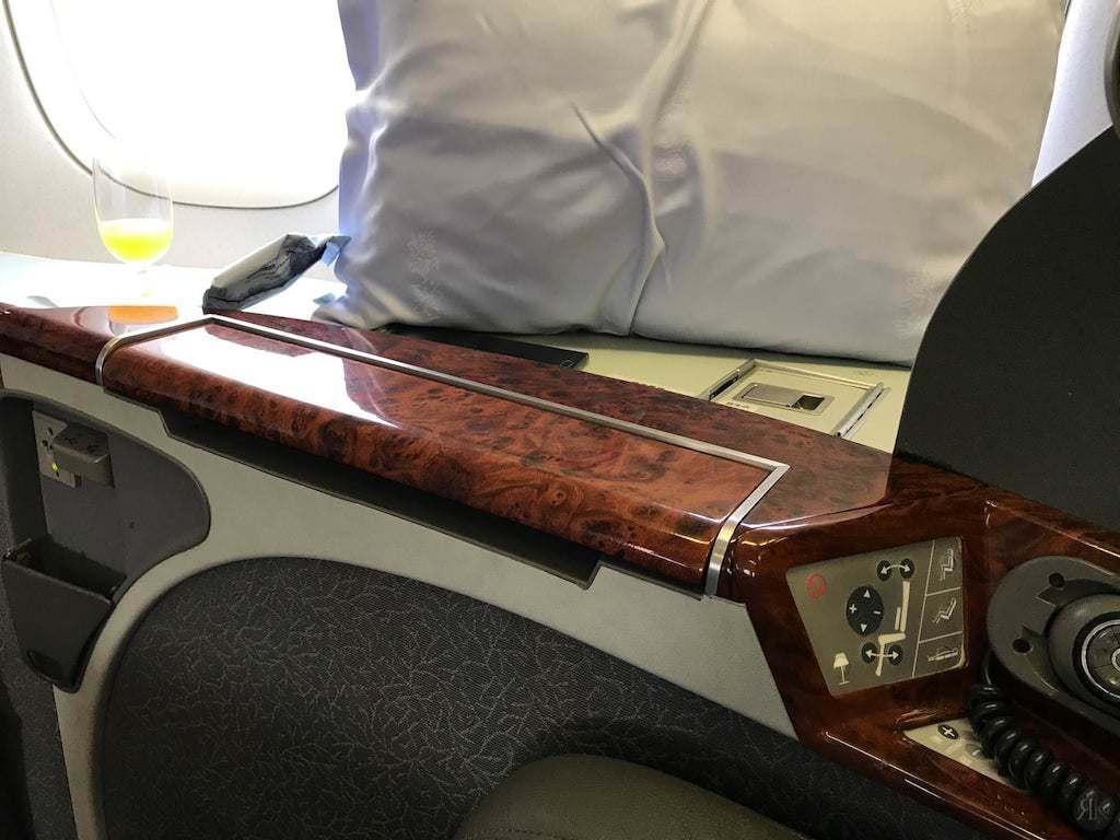 中华航空: 波音747-400曾经的国际头等舱 6