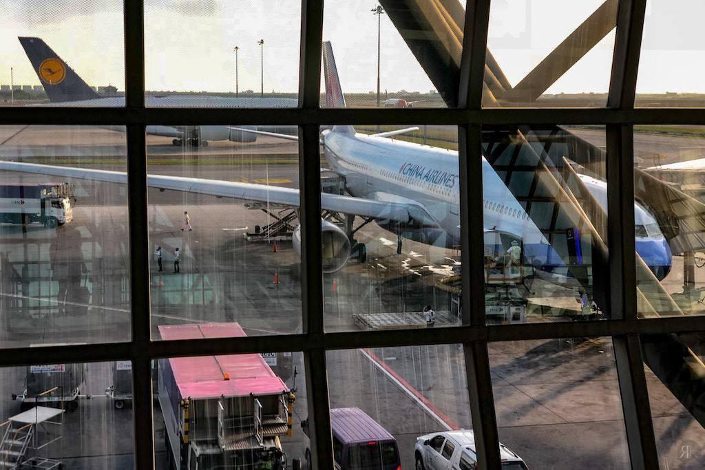 中華航空: 空客A330-300 亞洲區域商務艙 8