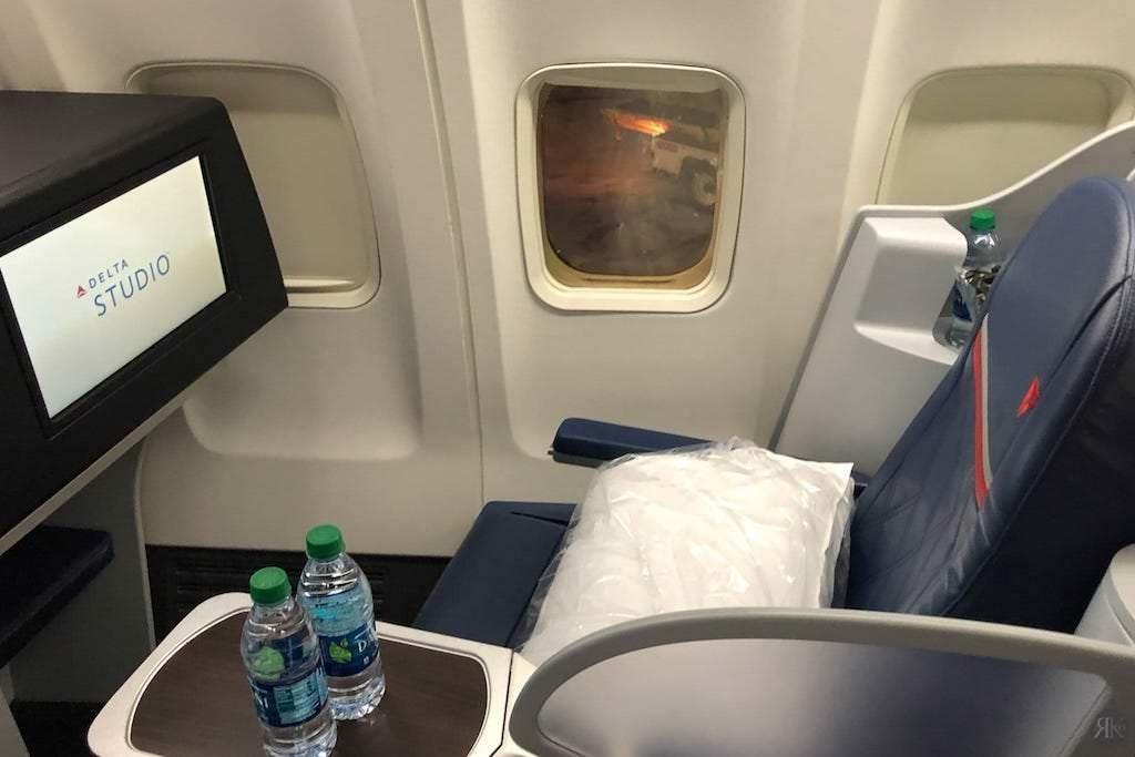 Delta: Boeing 757-200 Business Class (SFO-JFK) 13