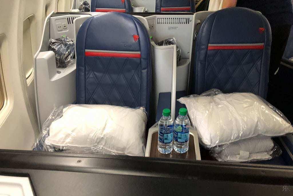 Delta: Boeing 757-200 Business Class (SFO-JFK) 14