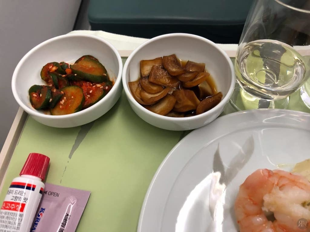 Korean Air: Business Class (BKK-ICN-YVR) 16