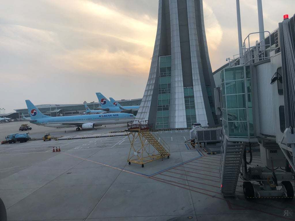 Korean Air: Business Class (BKK-ICN-YVR) 22