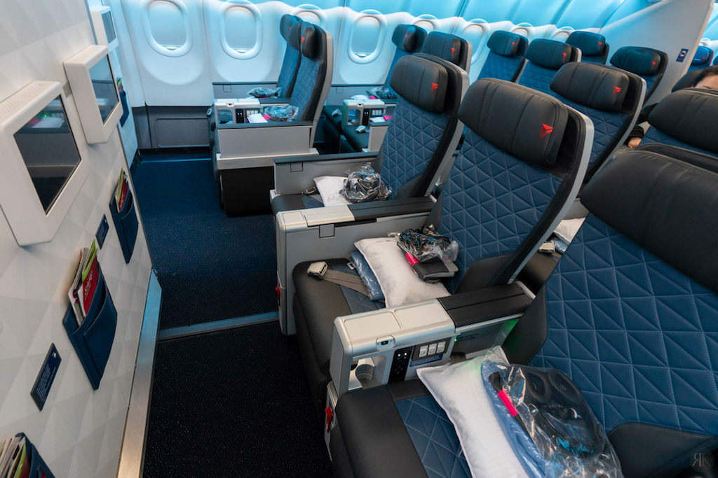 Delta: A330-900neo Business Class (SEA-PVG) 19