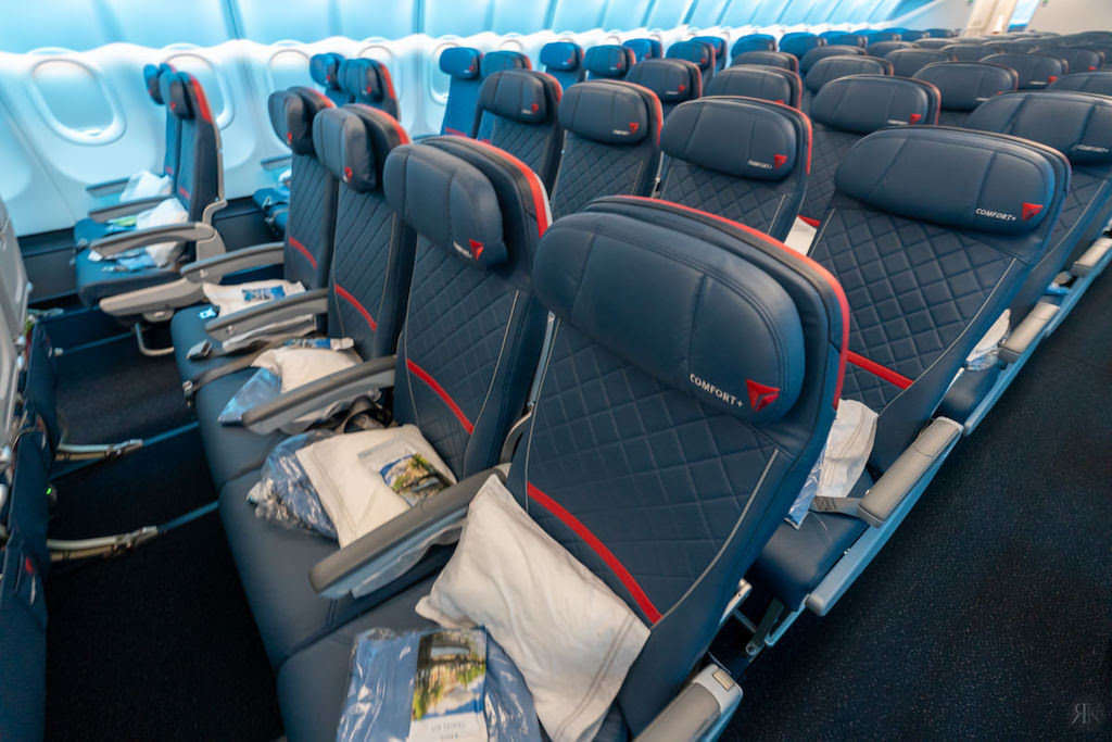 Delta: A330-900neo Business Class (SEA-PVG) 22