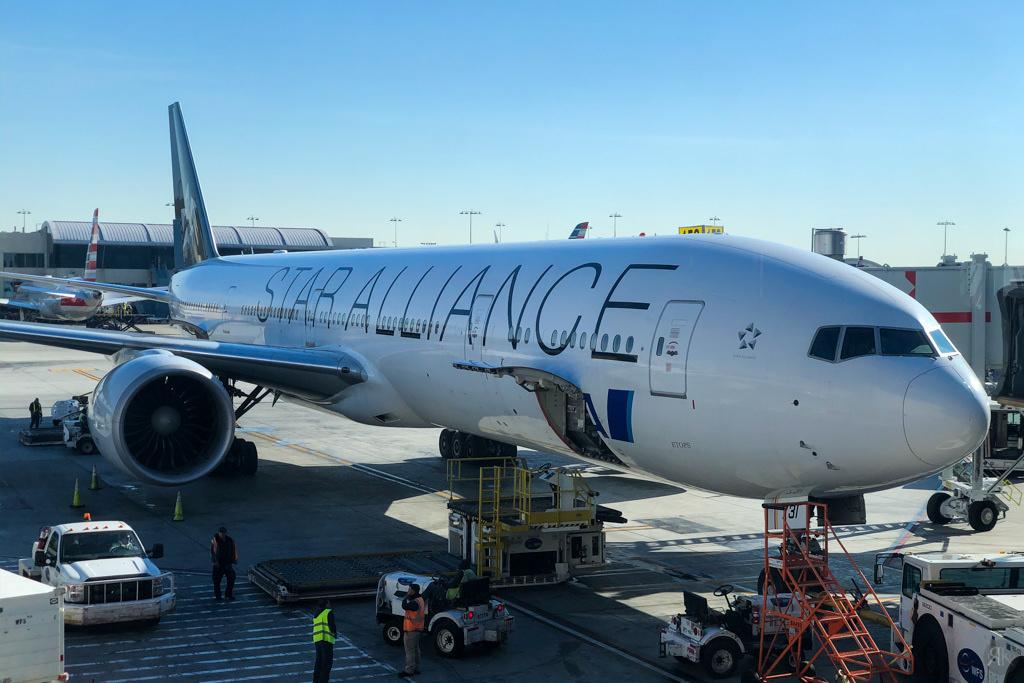 全日空:波音777-300ER頭等艙 (LAX-NRT) 11
