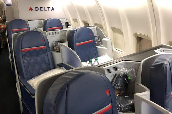 达美航空: 波音757-200商务舱 (SFO-JFK)