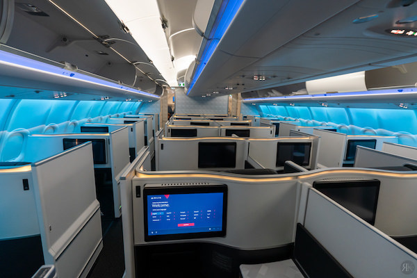 Delta: A330-900neo Business Class (SEA-PVG)