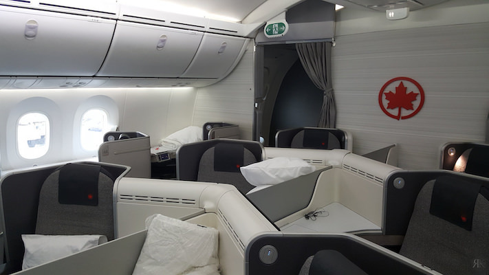 Air Canada: Business Class (YVR-YYZ-LHR)